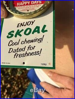 Vintage Wintergreen Skoal Snuff Tobacco Chew Can Opener Metal Sign 9 Copenhagen
